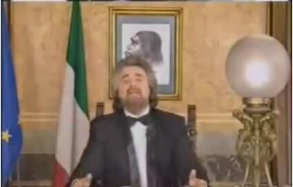 Beppe Grillo discorso satirco