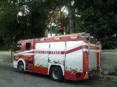 In fiamme l'ex ospedale Galateo